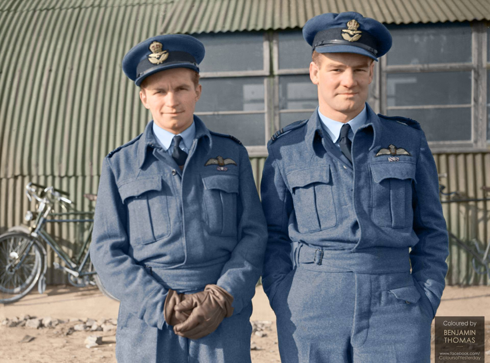 Wing Commander Alan Deere (1917-1995; right) with Squadron Leader Denis Crowley-Milling DSO DFC (1919-1996; left), 1940. Coloured by www.facebook.com/coloursofyesterday
