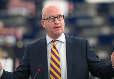 UKIP leader Paul Nuttall insists 'anything is possible' as he hints at future for Manston Airport on visit to Kent